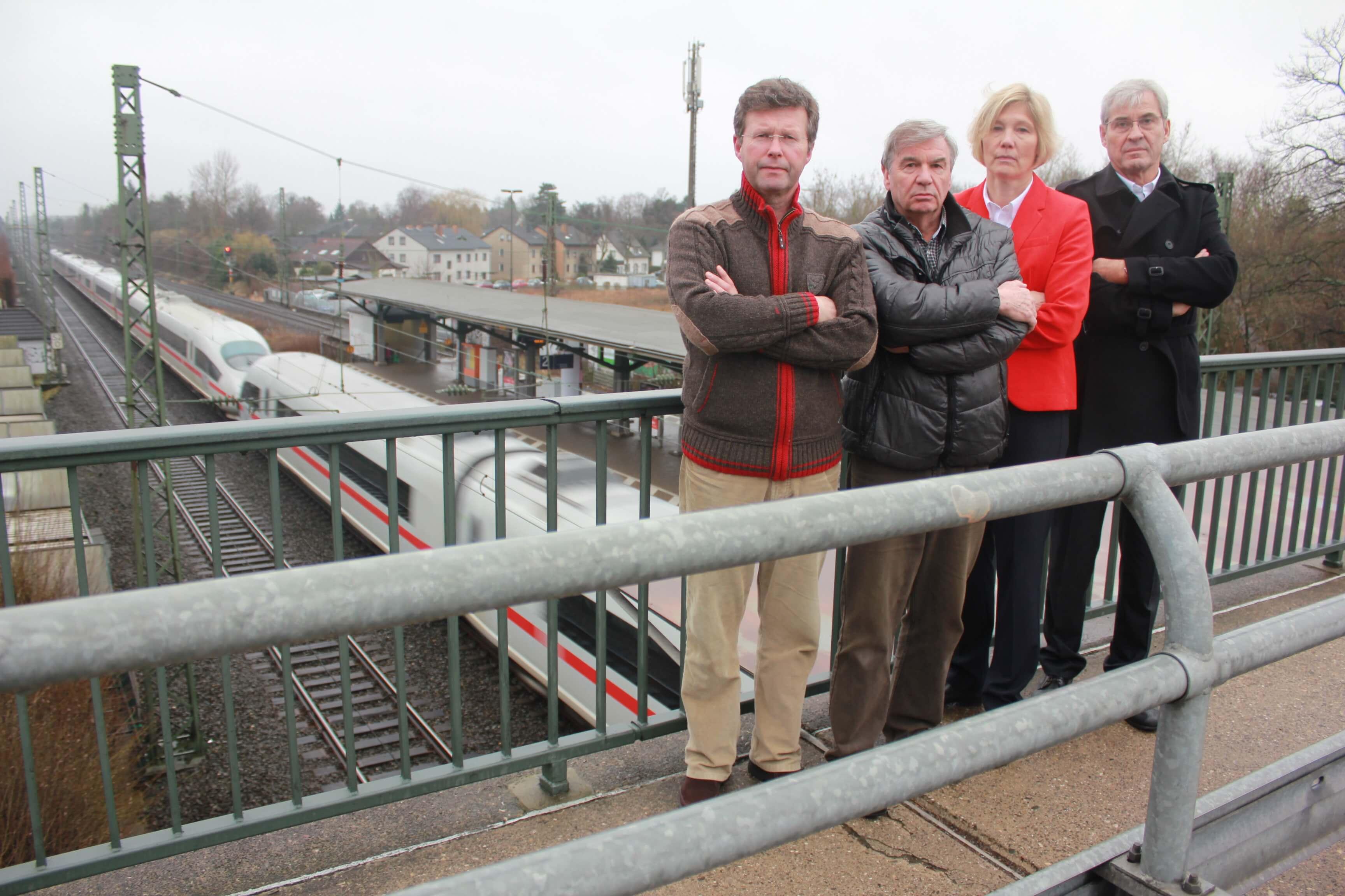 Kämpfen um den Tunnel: Thomas Weidmann, Wolfgang Eggerath, Elke Wagner und Richard Kleinofen (v.l.)